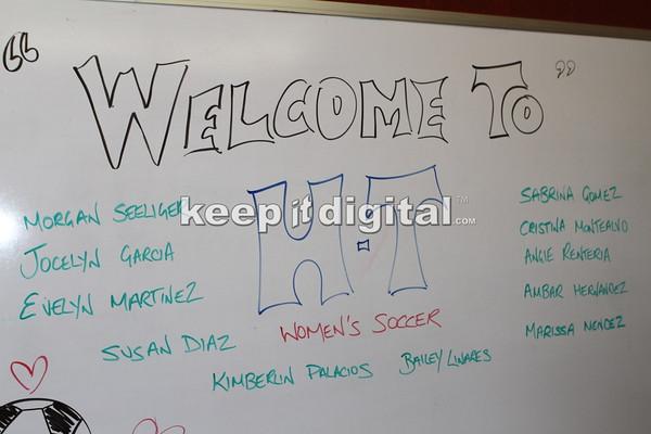 HT Soccer Signings 04_10_14